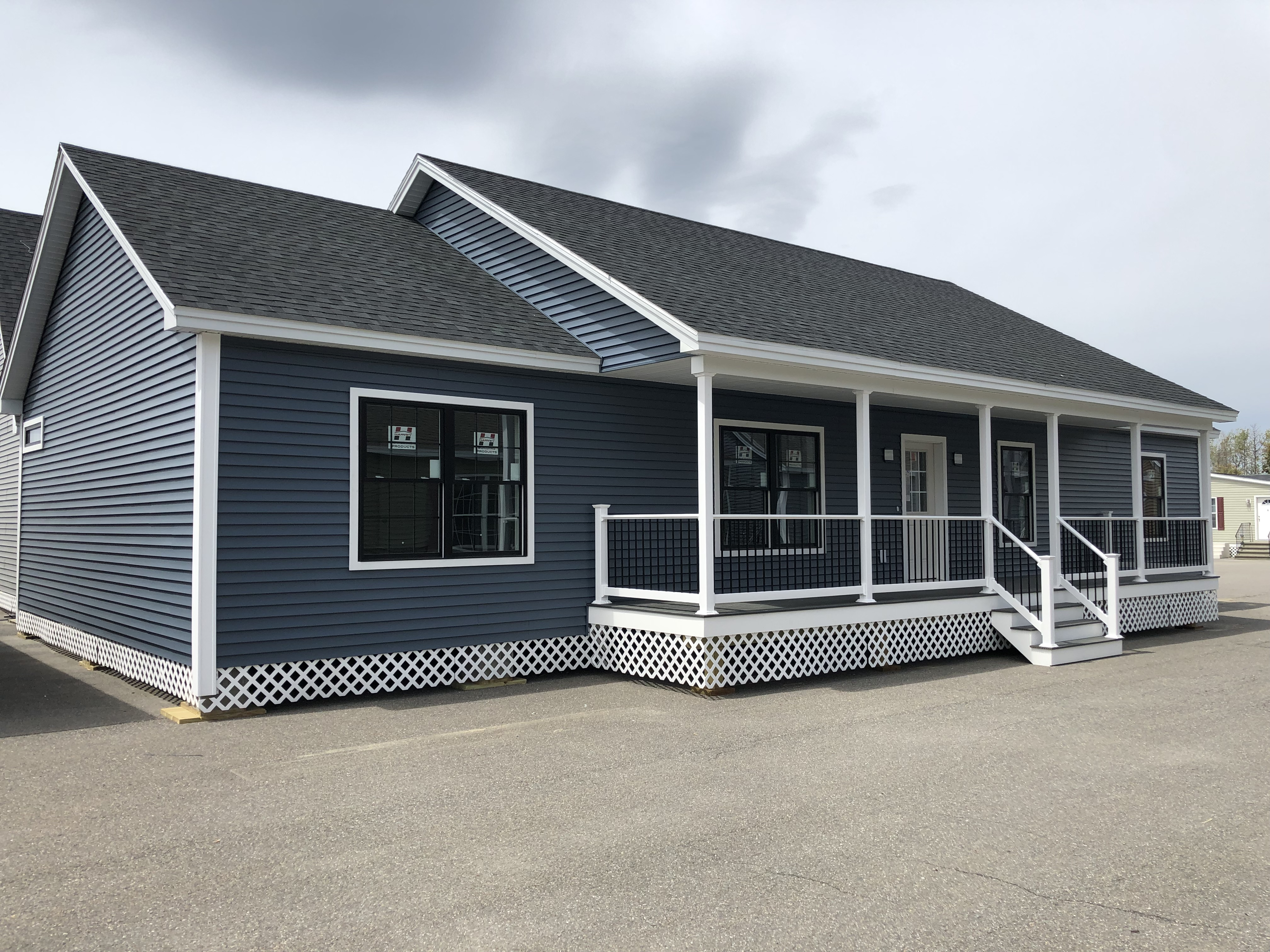 Pleasant Modular Homes Showcase Homes Of Maine Beutiful Home Inspiration Ommitmahrainfo